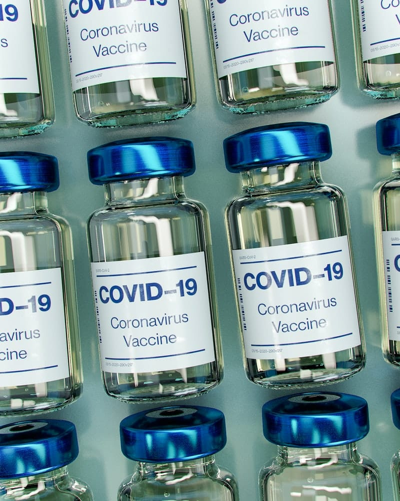 Vaccines | Source: Daniel Schludi, https://unsplash.com/photos/mAGZNECMcUg