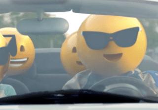 emoji family in car