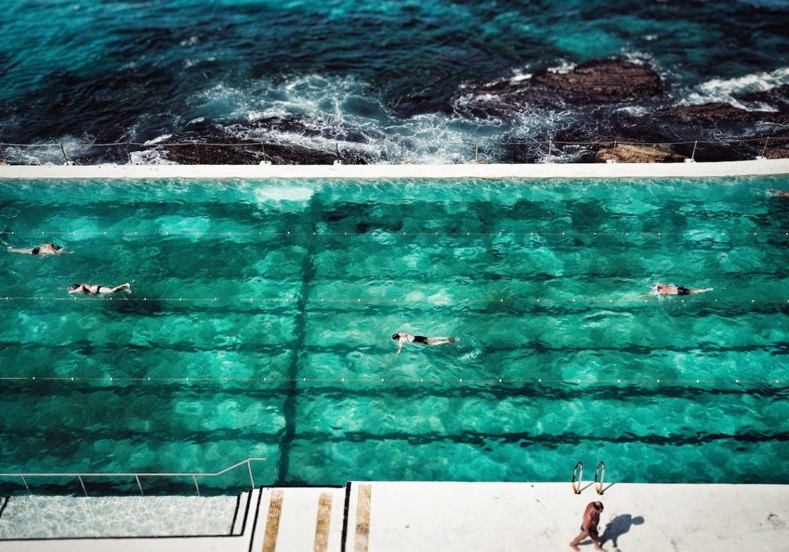 image of swimming pool representing the different lanes you can take when you need copywriting